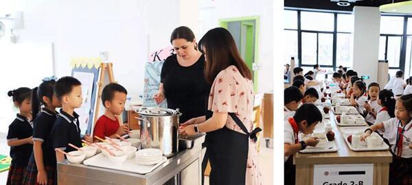 学生家长到学校食堂体验就餐
