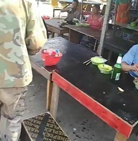 工地8元饭菜图片8