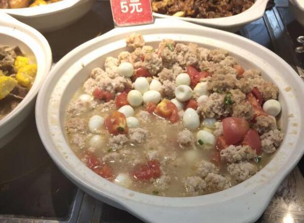 西安科技大学食堂乱收费,5元一勺子的菜学生敢怒不敢言