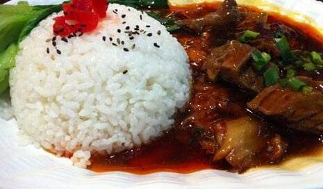 食堂卤味系列:牛腩饭套餐