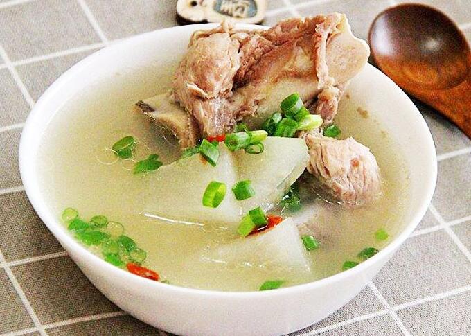 瓦罐汤系列:冬瓜大骨汤