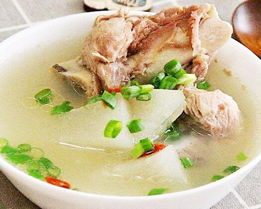 瓦罐汤系列:筒骨汤